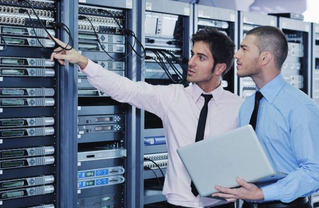 Các lưu ý khi chọn đơn vị cung cấp dịch vụ cho thuê chỗ đặt máy chủ