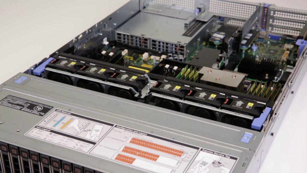 Đánh giá máy chủ chuyên dụng Dell EMC PowerEdge R740 và R740XD